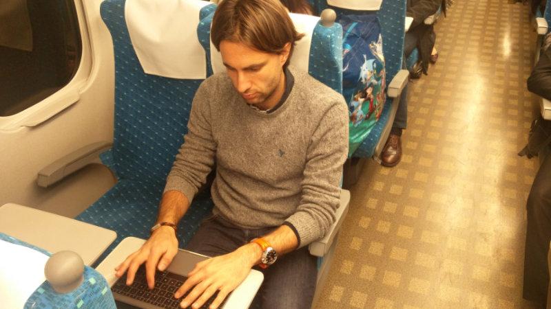 Scrivo questo articolo mentre viaggio verso Kyoto